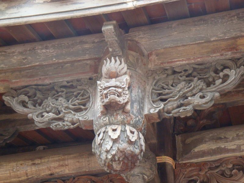 Fine carvings at the Wenkai Academy in Lukang