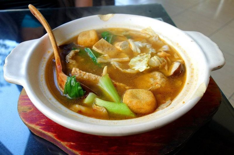 Taiwan Food: a delicious Stinky Tofu Soup